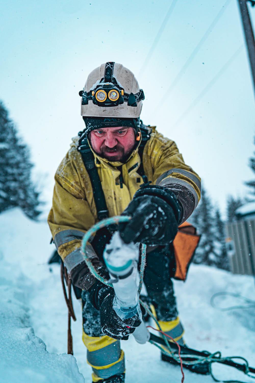 En av energimontørene og hverdagsheltene i Troms Kraft Nett